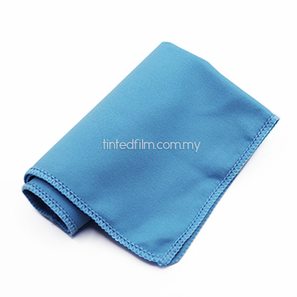 blue-microfiber-towel